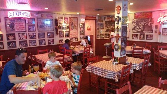 Makan Malam Di Restoran Hispanik Terbaik di Atlanta